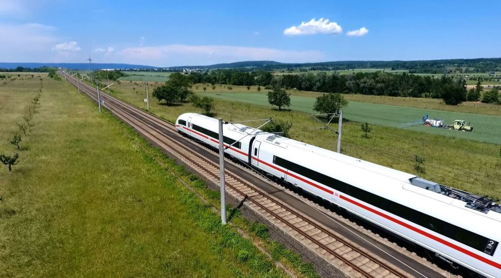 Korenix 3 Tips for Building a Reliable Rail System